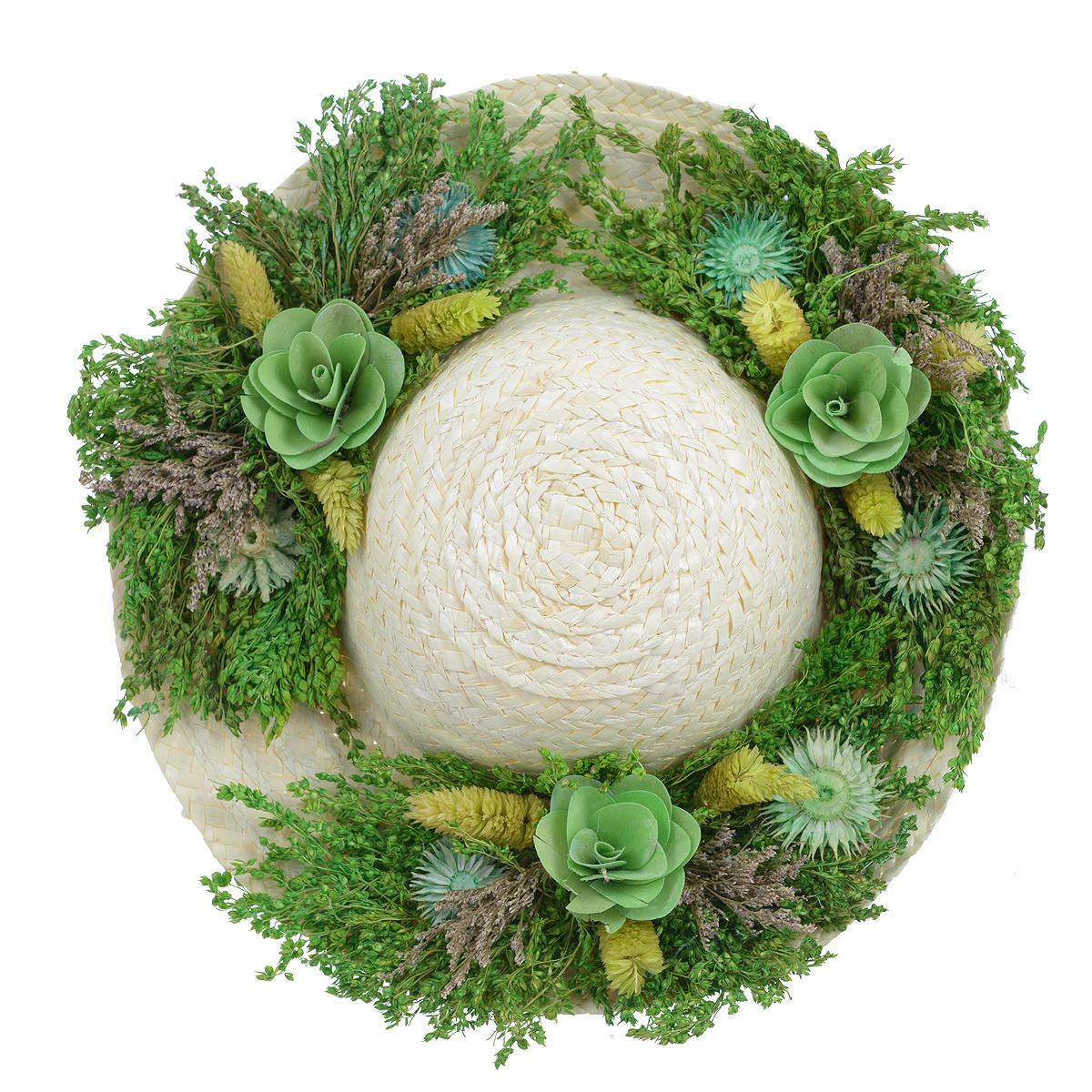 Декоративное настенное украшение Lillo Шляпа с цветами, цвет: светло-бежевый, зеленыйAF 03127Декоративное подвесное украшение Lillo Шляпа выполнено из натуральной соломы и украшено сухоцветами. Такая шляпа станет изящным элементом декора в вашем доме. С задней стороны расположена петелька для подвешивания. Такое украшение не только подчеркнет ваш изысканный вкус, но и прекрасным подарком, который обязательно порадует получателя. Диаметр шляпы: 29 х 29 х 7,5 см.