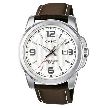 Часы мужские наручные Casio, цвет: стальной, белый, коричневый. MTP-1314PL-7AMTP-1314PL-7AСтильные мужские часы Casio выполнены из нержавеющей стали, натуральной кожи и минерального стекла. Часы оформлены символикой бренда. Корпус часов выполнен из нержавеющей стали и имеет степень влагозащиты равную 5 atm. Ремешок изделия выполнен из натуральной кожи, оснащен пряжкой, которая позволит моментально снимать и надевать часы без лишних усилий. Изделие поставляется в фирменной упаковке. Часы Casio подчеркнут мужской характер и отменное чувство стиля у их обладателя.
