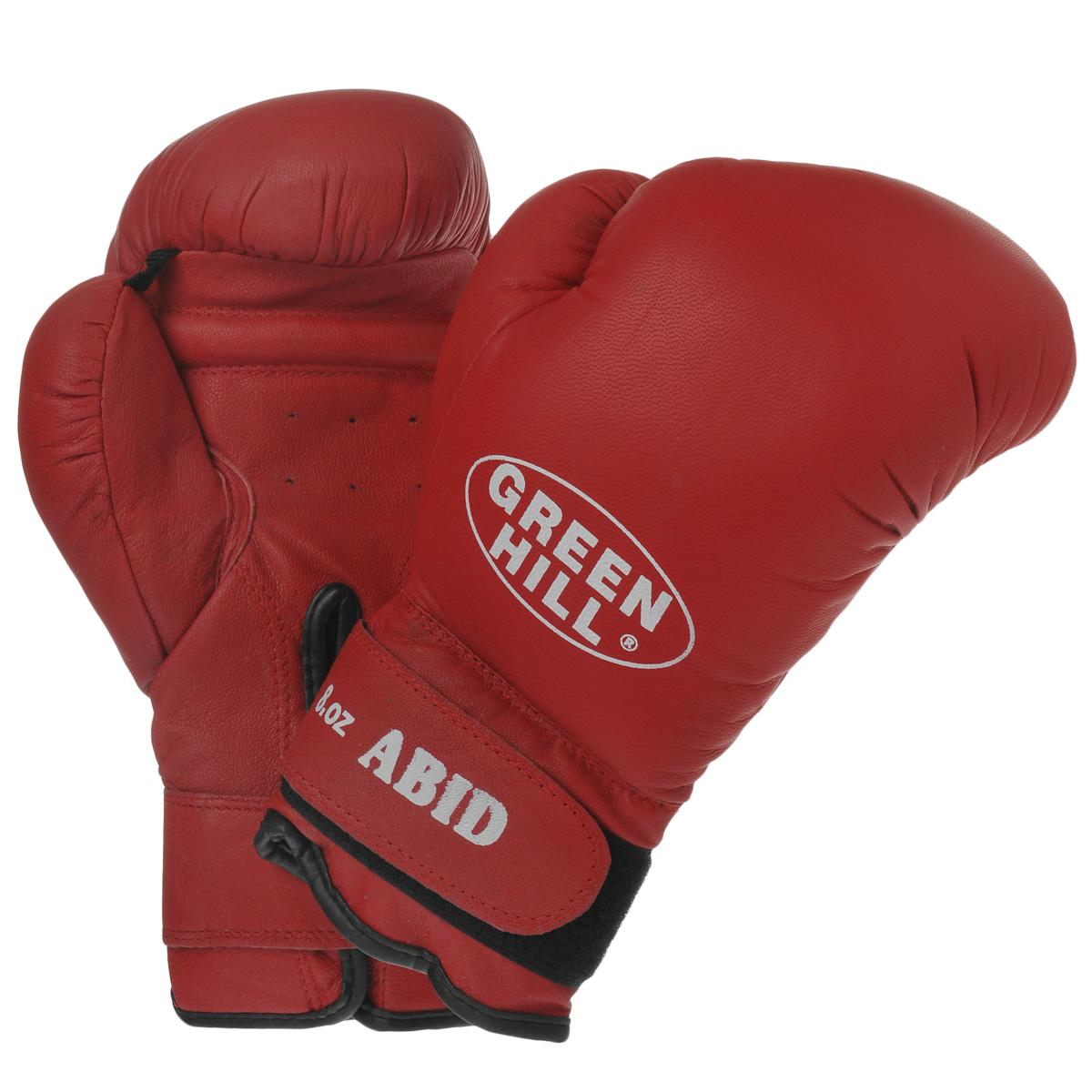 Перчатки боксерские Green Hill Abid, цвет: красный. Вес 8 унцийBGA-2024Боксерские тренировочные перчатки Green Hill Abid выполнены из натуральной кожи. Они отлично подойдут для начинающих спортсменов. Мягкий наполнитель из очеса предотвращает любые травмы. Широкий ремень, охватывая запястье, полностью оборачивается вокруг манжеты, благодаря чему создается дополнительная защита лучезапястного сустава от травмирования. Застежка на липучке способствует быстрому и удобному одеванию перчаток, плотно фиксирует перчатки на руке.