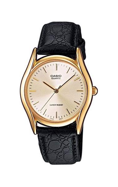 Часы наручные мужские Casio, цвет: золотистый, черный. MTP-1154PQ-7AMTP-1154PQ-7AСтильные мужские часы Casio выполнены из нержавеющей стали, минерального стекла и натуральной кожи. Циферблат изделия оформлен символикой бренда. Часы оснащены полированным ударостойким корпусом, устойчивым к царапинам минеральным стеклом, а также степенью влагозащиты 3 atm. Часы дополнены ремнем из натуральной кожи с тиснением под рептилию и пряжкой, которая позволит максимально комфортно и быстро снимать и одевать часы. Изделие поставляется в фирменной упаковке. Часы Casio подчеркнут мужской характер и отменное чувство стиля у их обладателя.