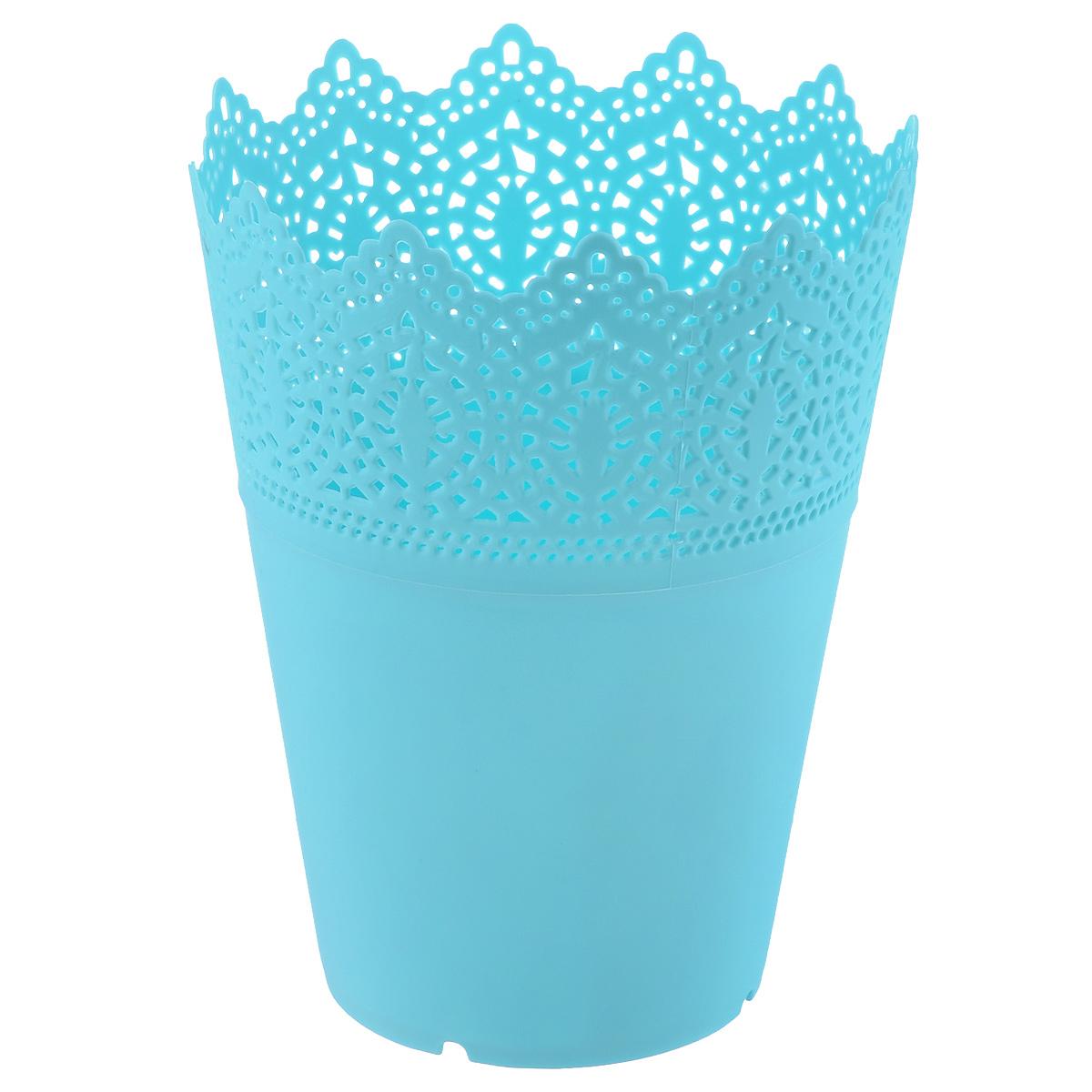 Кашпо цветочное Blossom Line, цвет: бирюзовый, 15 х 15 х 18,5 смBL0070103Декоративное кашпо Blossom Line выполнено из высококачественного пластика и оформлено рельефным краем. Однотонное кашпо предназначено для выращивания цветов, трав, растений. Кроме того, проявив немного фантазии, вы можете сами оформить кашпо разными материалами (наклейки, декоративные ленты, стикеры, бусины, бумажные цветы и другое) и сделать оригинальную композицию. Благодаря такому кашпо вы сможете украсить вашу комнату, офис, сад и другие места. Размер кашпо: 15 см х 15 см х 18,5 см.