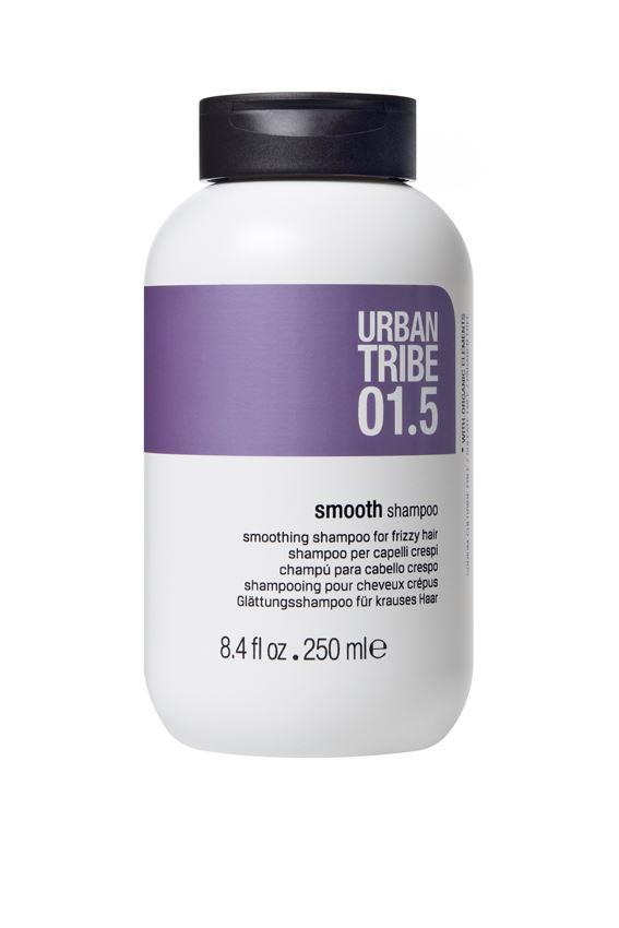URBAN TRIBE Сглаживающий шампунь для вьющихся волос 250 мл.56355Шампунь для непослушных волос. Специальные активные ингредиенты в составе инновационной нежной формулы мягко очищают волосы, разглаживают кутикулу и выпрямляют вьющиеся непослушные волосы. Волосы становятся мягкими, послушными и полными жизненных сил