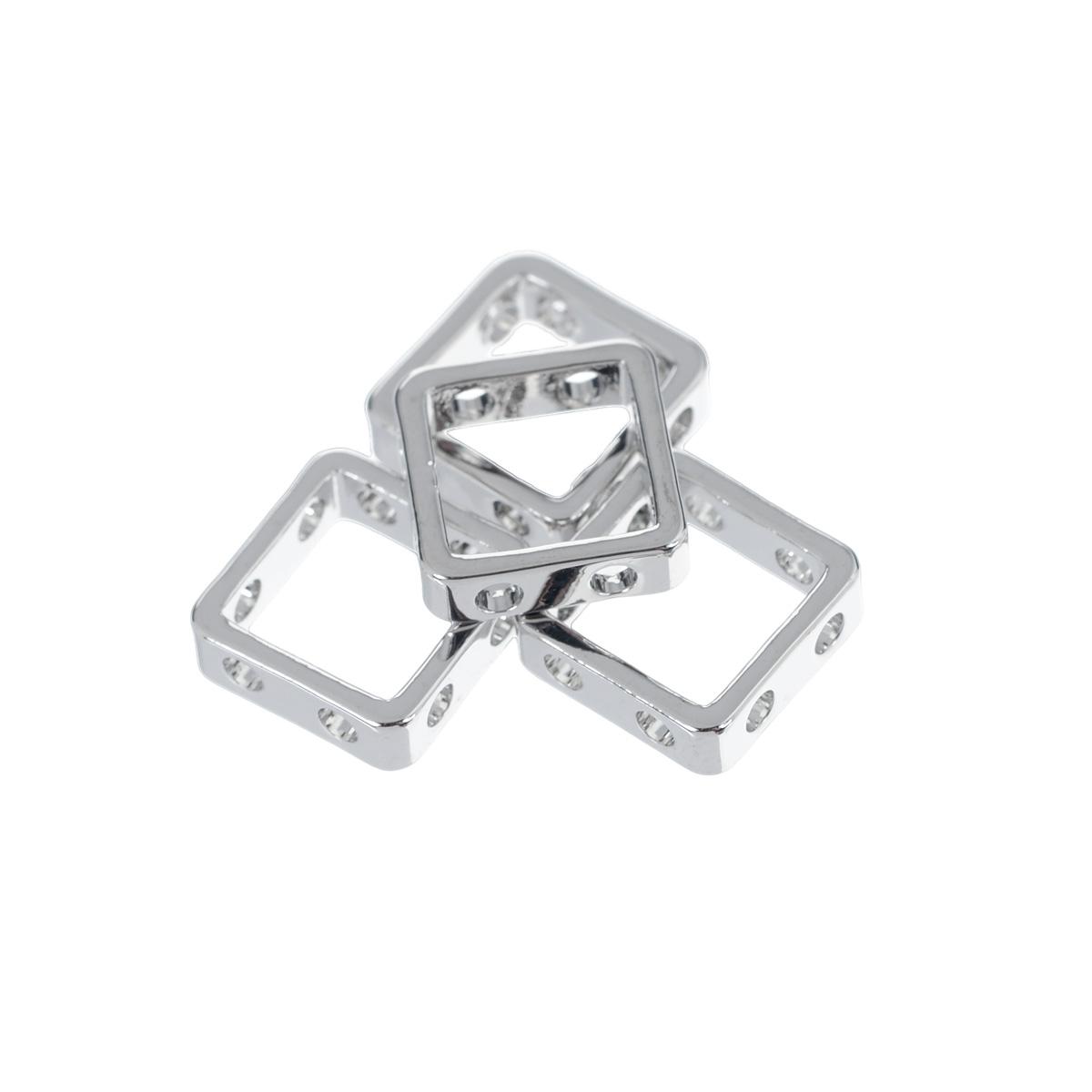 Основа для украшений Fimo, 10 мм х 10 мм, 4 шт8625-23Основа для украшений Fimo изготовлена из серебристого металла, без содержания никеля. Не тускнеет со временем. Основа квадратной формы, с отверстиями. Идеально подходит для изготовления ожерелий, сережек, браслетов. Бижутерия, сделанная своими руками, стильно дополнит ваш образ и подчеркнет вашу яркую индивидуальность. Толщина: 3 мм.
