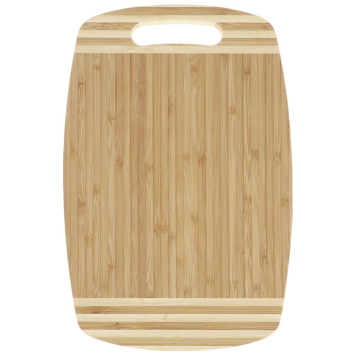 Доска разделочная Green Top, 30 х 20 см883175Разделочная доска Green Top изготовлена из натурального бамбука. Прекрасно подходит для приготовления и сервировки пищи. Всем известно, что на кухне без разделочной доски не обойтись. Ведь во время приготовления пищи мы то и дело что-то режем. Поэтому разделочная доска должна быть изготовлена из прочного и экологически чистого материала, ведь с ней соприкасается наша пища. Доска оснащена специальным отверстием для подвешивания в любом удобном месте. Функциональная и простая в использовании, разделочная доска Green Top прекрасно впишется в интерьер любой кухни и прослужит вам долгие годы.
