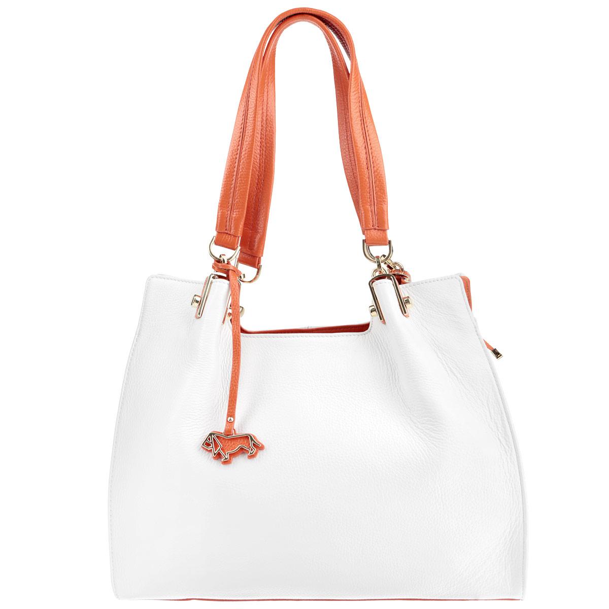 Сумка женская Labbra, цвет: белый, оранжевый. L-L9997-1L-L9997-1Элегантная женская сумка Labbra выполнена из натуральной кожи и дополнена оригинальной металлической подвеской с логотипом бренда. Изделие содержит одно основное отделение, закрывающееся на молнию, разделенное пополам карманом-средником на молнии. Внутри - врезной карман на молнии и два накладных кармашка для мобильного телефона и различных мелочей. На тыльной стороне сумки размещен врезной карман на молнии. Модель оснащена двумя удобными ручками, которые дополнены оригинальными металлическими элементами. Дно сумки оснащено металлическими ножками, которые дополнительно защитят изделие от повреждений. Стильная сумка позволит вам подчеркнуть свою индивидуальность, и сделает ваш образ изысканным и завершенным.