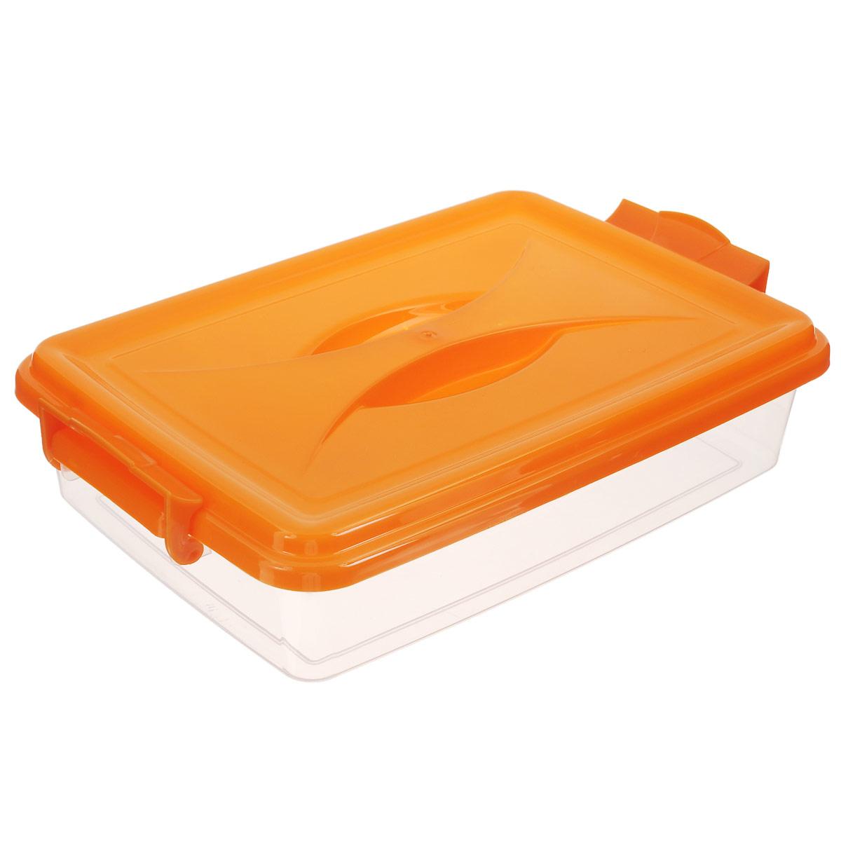 Контейнер Альтернатива, цвет: прозрачный, оранжевый, 4,5 лМ574Контейнер Альтернатива выполнен из прочного пластика. Он предназначен для хранения различных мелких вещей. Крышка легко открывается и плотно закрывается. Прозрачные стенки позволяют видеть содержимое. По бокам предусмотрены две удобные ручки, с помощью которых контейнер закрывается. Контейнер поможет хранить все в одном месте, а также защитить вещи от пыли, грязи и влаги.