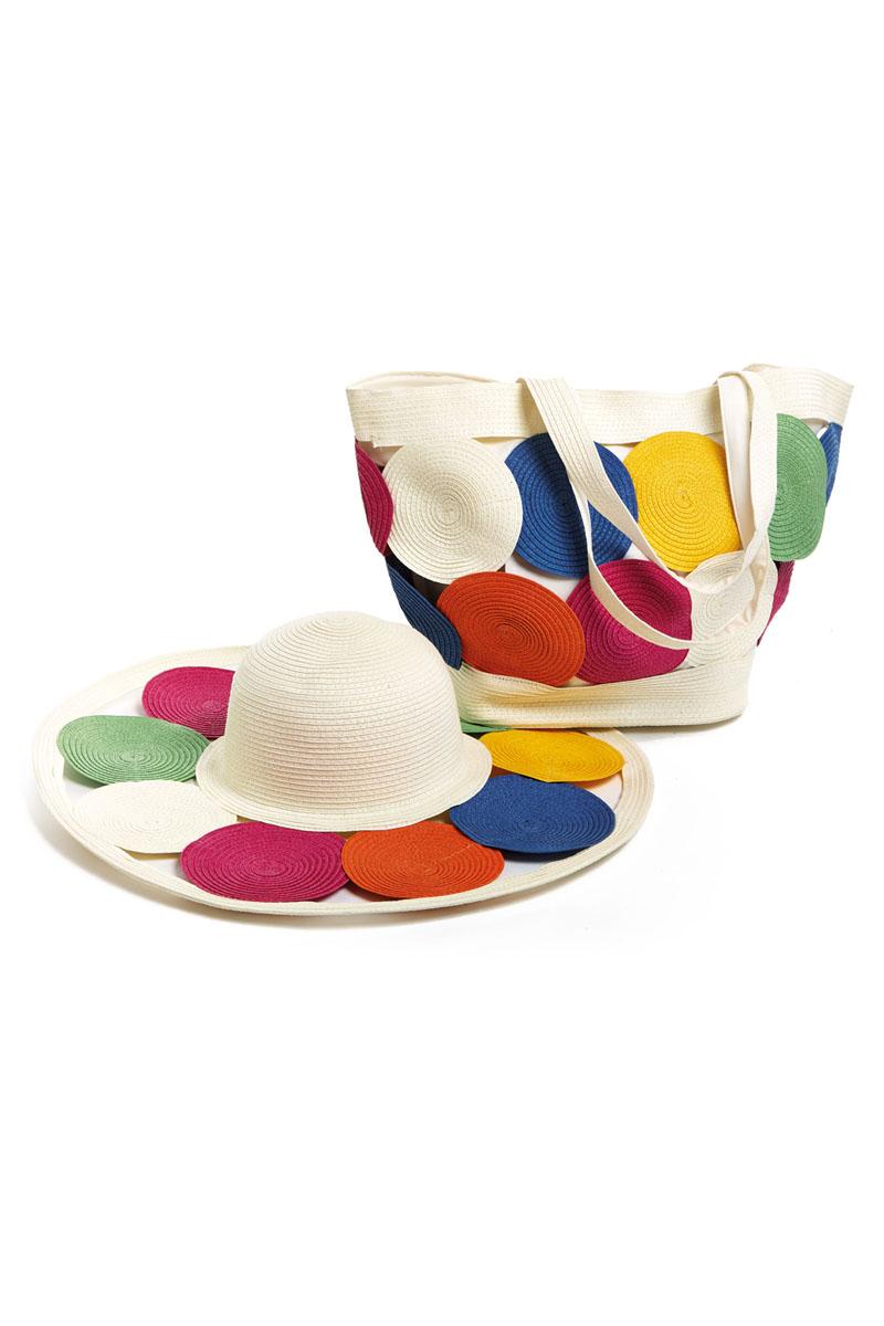 Комплект Moltini: сумка, шляпа, цвет: молочный, синий, зеленый. 15X00715X007Яркий пляжный комплект Moltini, состоящий из сумки и шляпы, выполнен из плотного текстиля. Комплект выполнен в едином стиле и оформлен круглыми элементами разного цвета. Сумка состоит из одного вместительного отделения и закрывается на магнитную кнопку. Внутри размещены два накладных кармана для телефона и мелочей и один вшитый карман на молнии. Оригинальная форма ручек и натуральные материалы делают эту сумку особенно удобной для ношения на плече. Шляпа надежно защитит волосы и лицо от ярких солнечных лучей. Шляпа выполнена в едином стиле с сумкой и достойно завершит комплект. Комплект Moltini идеально подойдет для похода на пляж, для загородной поездки.