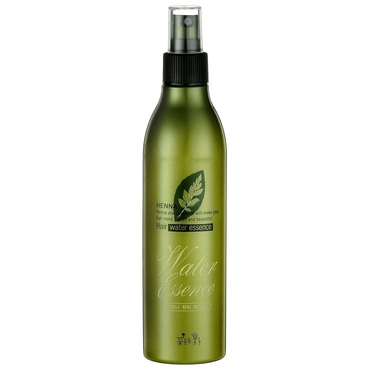 Somang Henna Увлажняющий флюид для волос, 300 мл122315Обеспечивает волосам длительное увлажнение и питание. Дезодорирует волосы, защищая от запахов табака, пищи и пр. Содержит экстракт ламинарии, гидролизованный кератин и керамид. Для всех типов волос. Подходит для ежедневного использования.