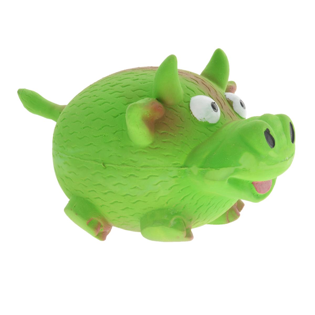 Игрушка для собак V.I.Pet Кабанчик, цвет: зеленыйL-142Игрушка V.I.Pet Кабанчик изготовлена из латекса с использованием только безопасных, не токсичных красителей. Великолепно подходит для игры и массажа десен вашей собаки. Забавный кабанчик при надавливании или захвате пастью пищит. Такая игрушка порадует вашего любимца, а вам доставит массу приятных эмоций, ведь наблюдать за игрой всегда интересно и приятно. Оставшись в одиночестве, ваша собака будет увлеченно играть в эту игрушку.