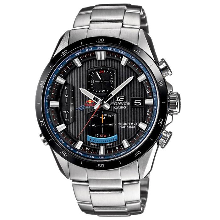 Наручные часы Casio EQW-A1110RB-1ATW2P63400Наручные часы Casio EQW-A1110RB. Солнечная батарейка: Солнечная подзаряжающаяся батарейка обеспечивает питание часов для работы. Прием радиосигнала (Европа, США, Япония, Китай): В Европе или Северной Америке, во многих частях Канады и Центральной Америки, Японии и Китае после настройки часов на местный часовой пояс, часы будут получать радиосигнал калибровки, гарантирующий, что они всегда будут показывать точное время. В большинстве стран переход летнее и зимнее время также обновляется автоматически. Неоновый дисплей: Светящееся покрытие обеспечивает длительную подсветку в темное время суток после короткого воздействия света. Функция секундомера- 1/20 сек. - 1 час: Прошедшее время измеряется с точностью в 1/20 секунды. Пределы измерения достигают 1 часа. Автоматическая ручная настройка: Функция автоматической ручной настройки проверяет исходное положение стрелок каждый час и корректирует его в...