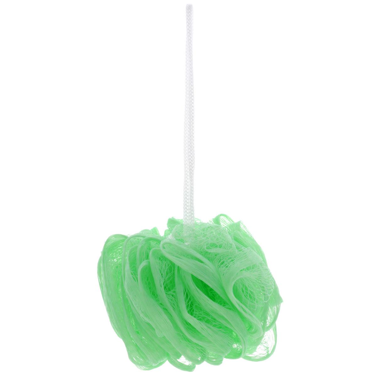 Мочалка The Body Time, цвет: светло-зеленый57198_салатовыйМочалка The Body Time, выполненная из нейлона, предназначена для мягкого очищения кожи. Она станет незаменимым аксессуаром ванной комнаты. Мочалка отлично пенится, обладает легким массажным воздействием, идеально подходит для нежной и чувствительной кожи. На мочалке имеется удобная петля для подвешивания. Диаметр: 10 см.
