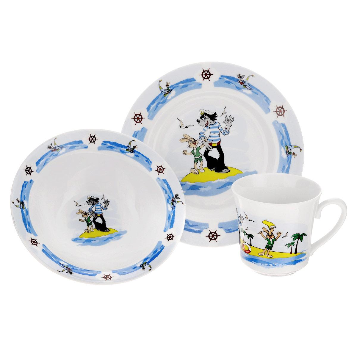 Набор детской фарфоровой посуды Союзмультфильм Ну,погоди!, 3 предметаКРС-288Набор детской посуды Ну, погоди! порадует любого маленького поклонника старых советских мультфильмов. Набор включает в себя тарелку, миску и кружку. Посуда выполнена из качественного фарфора, окрашена безопасными красками, которые не сотрутся и прослужат вам очень долго. Прочные тарелки украшает изображение любимых героев мультфильма Ну, погоди!. Приборы нельзя использовать в духовке и на открытом огне. Посуда может быть использована в микроволновке и посудомоечной машине. Объем кружки 250 мл, объем миски 300 мл. Детская посуда разработана специально для малышей, она удобная и безопасна. Привычная еда станет вкуснее и приятнее, если процесс кормления сопровождать игрой и сказками о любимых героях. Красочная посуда - залог хорошего настроения и аппетита вашего малыша!