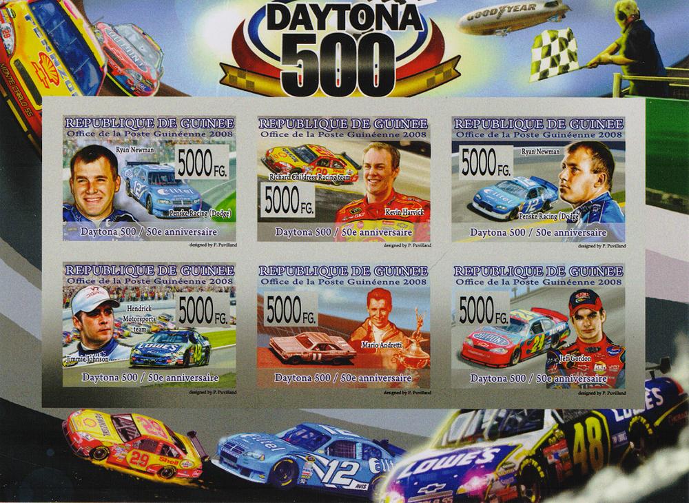 Малый лист без зубцов Daytona 500. Республика Гвинея, 2008 год691503Малый лист без зубцов Daytona 500. Республика Гвинея, 2008 год. Размер листа: 10.5 х 14 см. Размер марок: 2.6 х 3.6 см. Сохранность хорошая.
