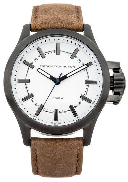 Часы наручные мужские French Connection, цвет: черный, коричневый. FC1240TWFC1240TWСтильные мужские часы French Connection изготовлены из нержавеющей стали, натуральной кожи и минерального стекла. Циферблат часов оформлен символикой бренда. Корпус изделия оснащен кварцевым механизмом, который имеет степень влагозащиты равную 5 Bar, дополнен устойчивым к царапинам минеральным стеклом. Ремешок оснащен классической пряжкой, которая позволит с легкостью снимать и надевать изделие. Часы поставляются в фирменной упаковке. Часы French Connection подчеркнут мужской характер и отменное чувство стиля у их обладателя.