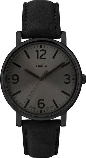 Часы наручные мужские Timex, цвет: черный. T2P528T2P528Стильные мужские наручные часы Timex со стальным корпусом идеально подойдут для человека, ценящего качественные и практичные вещи. Циферблат изделия оформлен арабскими цифрами, отметками, часовой, минутной и секундной стрелками, и дополнен логотипом Timex. Часы оснащены кварцевым механизмом, устойчивым к царапинам минеральным тонированным стеклом и подсветкой циферблата Indiglo. Модель обладает степенью влагозащиты 3 atm. Изделие дополнено ремешком из натуральной кожи, позволяющим максимально комфортно и быстро снимать и одевать часы при помощи пряжки. Часы поставляются на специальной подушечке в стильной коробке с логотипом Timex. Часы Timex подчеркнут мужской характер и отменное чувство стиля их обладателя.