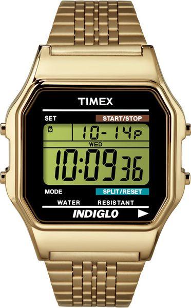 Часы наручные мужские Timex, цвет: золотистый. TW2P48200TW2P48200Стильные мужские наручные часы Timex со стальным корпусом, подойдут для человека, ценящего качественные и практичные вещи. Изделие имеет электронный циферблат. Часы оснащены кварцевым механизмом, устойчивым к царапинам пластиковым стеклом и подсветкой циферблата Indiglo. Также часы оснащены индикатором дня, месяца и дня недели, хронографом и будильником. Модель обладает степенью влагозащиты 3 atm. Изделие дополнено стальным браслетом, который застегивается на застежку-клипсу. Часы поставляются в пластиковом футляре. Функциональные часы станут отличным дополнением вашего образа.