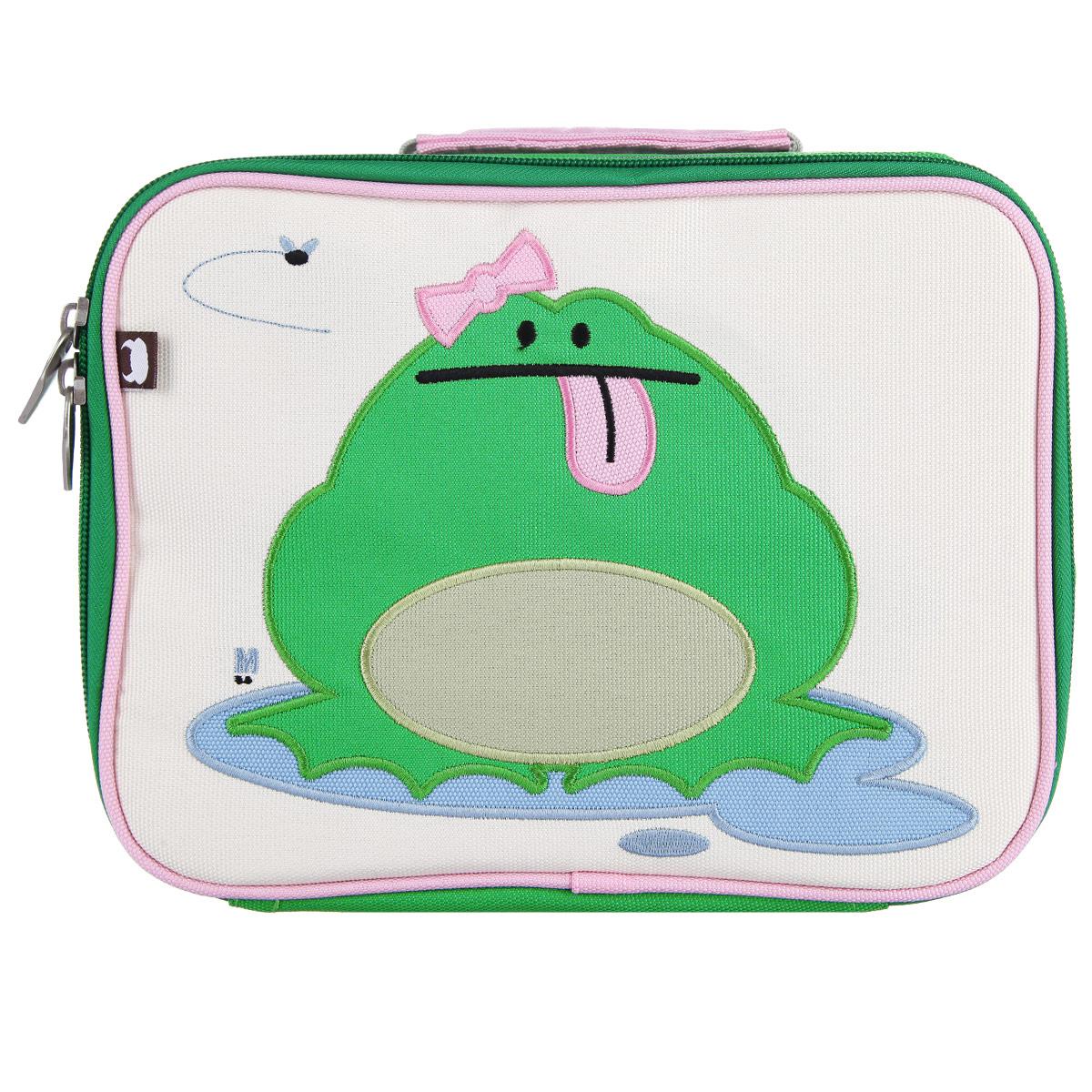 Ланч-Бокс Katarina - Frog, цвет: зеленый, бежевыйLB-7381A-20Превосходный ланч-бокс с вышитым принтом отлично сохранит завтрак для вашего ребёнка. Модель закрывается на застежку-молнию. Сумка сделана из прочного нейлона, который не рвется и стирается в стиральной машинке. На внутренней стороне находится карман на застежке-молнии и именной ярлычок. Внутренняя часть сумки покрыта водонепроницаемым покрытием.