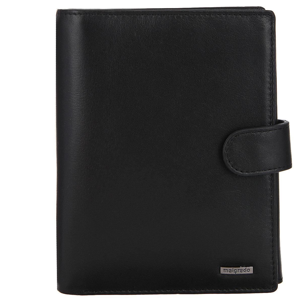 Портмоне мужское Malgrado, цвет: черный. 04-55D04-55DМногофункциональное мужское портмоне Malgrado выполнено из натуральной кожи с глянцевой текстурой и металлическим элементом с названием бренда. Изделие содержит два основных отделения и закрывается на клапан с кнопкой. Отделение для купюр состоит из двух частей. Отделение для документов включает в себя четырнадцать наборных кармашков для визиток и пластиковых карточек, один вшитый потайной карман на молнии, один карман для монет, закрывающийся на хлястик с застежкой-кнопкой, карман для паспорта, закрывающийся на клапан с кнопкой, прозрачный кармашек и накладной потайной карман. Портмоне упаковано в подарочную коробку с логотипом фирмы. Такое портмоне станет замечательным подарком человеку, ценящему качественные и практичные вещи.