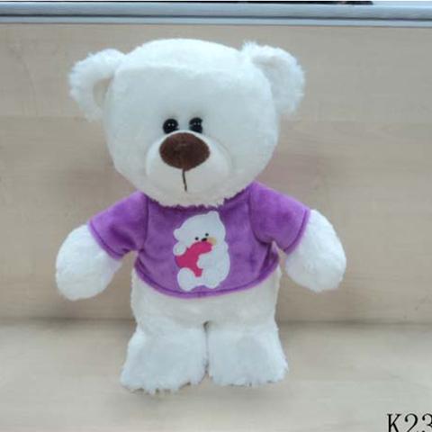Медведь в футболке, 30 смK23137CОчаровательная плюшевая игрушка Медведь в футболке 30 см Plush Apple K23137C станет прекрасным подарком для вашего ребенка или близкого человека. Она изготовлена из качественных материалов, которые абсолютно безвредны для детей. Данная модель подарит много сладких снов и хорошего настроения вам и вашему малышу.
