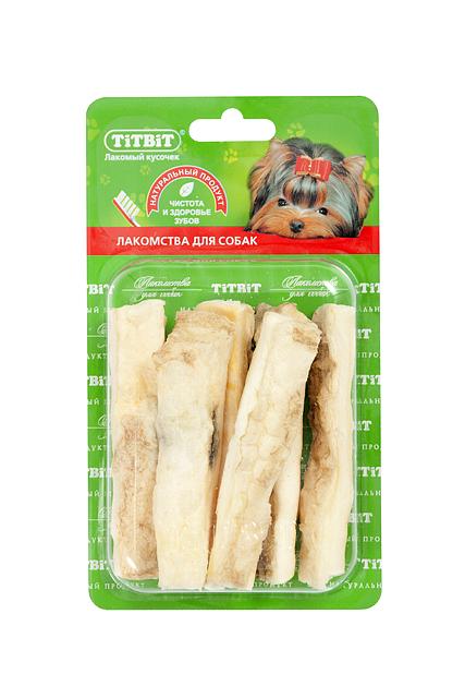 Лакомство для собак Titbit, соломка из говяжьей кожи7602Высушенная нарезанная соломкой говяжья кожа. Благодаря большому содержанию аминокислот и коллагена положительно воздействует на хрящевую ткань, состояние кожи и шерсти собаки. Благодаря волокнистой структуре являются своеобразной зубной щёткой, способствующей укреплению дёсен, удалению зубного налёта и профилактике образования зубного камня. Состав: Высушенная говяжья кожа.