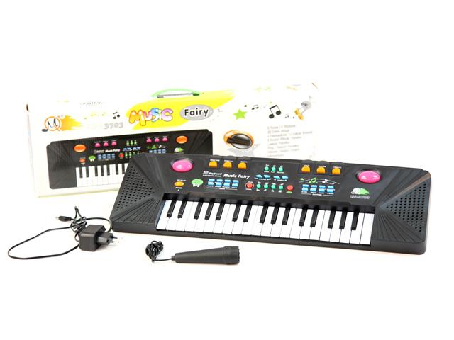Пианино с микрофономMQ-3703Музыкальные таланты нужно развивать с самых первых лет. Поэтому и первые музыкальные инструменты у крохотных гениев могут появляться очень рано. Такое пианино, работающее от сети, обрадует любого малыша! В комплекте микрофон. Размер коробки: 56*17*6 см, вес: 883 г. Особенности: 8 тонов 22 демо мелодии 4 звучания голосов животных передача звуковых эффектов обучающая функция функция записи-воспроизведения.