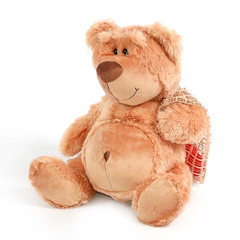 Медведь с сердцем в мешочке, 31 смK93215BСамая популярная мягкая игрушка - плюшевый медведь. Симпатичный пузатик несёт в мешочке сердце. Такой подарок очень обрадует как любого ребёнка, так и влюблённую девушку в День Святого Валентина. Plush Apple - это хорошее качество и современный дизайн.