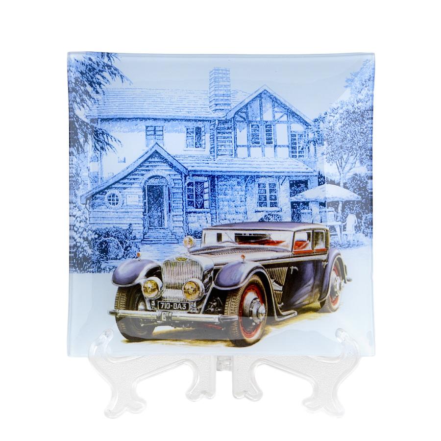 Тарелка House & Holder Машина, 20 см х 20 см х 1,5 смS3108F181Квадратная тарелка House & Holder Машина, изготовленная из стекла, декорирована ярким изображением. Такая тарелка украсит сервировку вашего стола и подчеркнет прекрасный вкус хозяина, а также станет отличным подарком. Размер: 20 см х 20 см. Высота: 1,5 см.