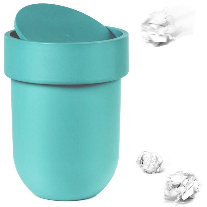 Контейнер мусорный Touch с крышкой морская волна023269-276Как много всего ненужного можно обнаружить на столе: скомканные бумаги для заметок, упаковки от шоколадок, старые скрепки и скобы для степлера. Отправьте весь этот хлам в мусорное ведро, чтобы сделать жизнь чище и упорядоченнее. Лаконичный и простой контейнер Touch не займет много места и будет прилежно исполнять свои обязанности по накоплению мусора. Материал: полипропилен; цвет: голубой