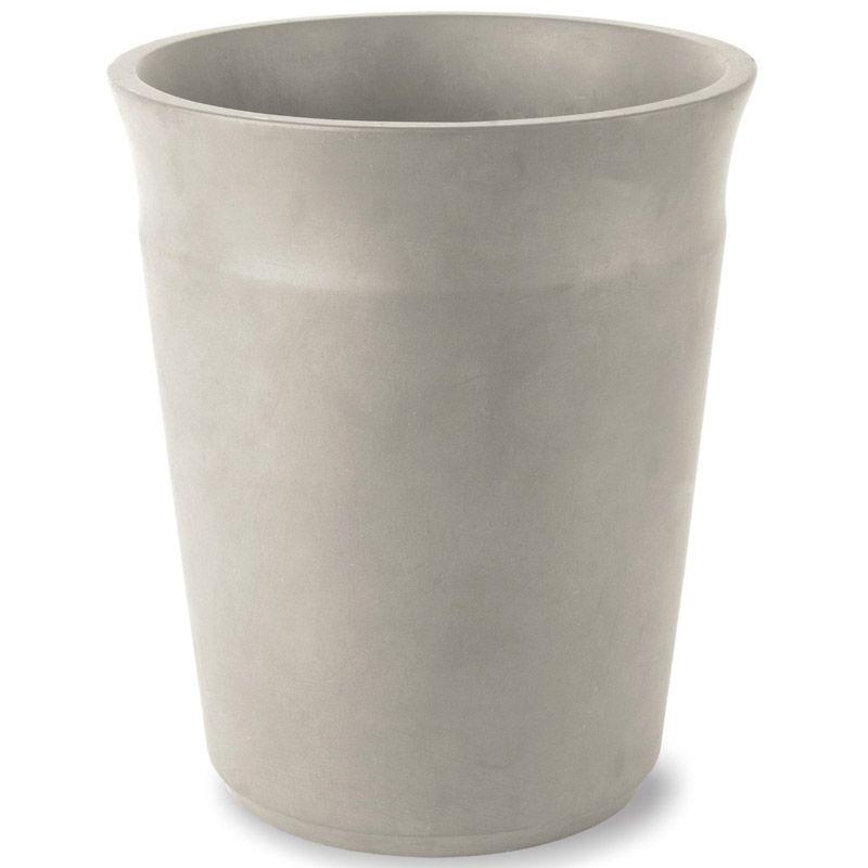 Корзина для мусора Umbra Roca, цвет: графит, высота 25,5 см023854-713Корзина Umbra Roca выполнена из высококачественной керамики. На рабочем столе можно обнаружить много всего ненужного: скомканные бумаги для заметок, упаковки от шоколадок, старые скрепки и скобы для степлера. Благодаря этой корзине, вы можете избавиться от всего этого хлама, чтобы сделать жизнь чище и упорядоченнее. Лаконичная и простая корзина Umbra Roca не займет много места и будет прилежно исполнять свои обязанности по накоплению мусора. Диаметр корзины: 21,5 см. Высота: 25,5 см.