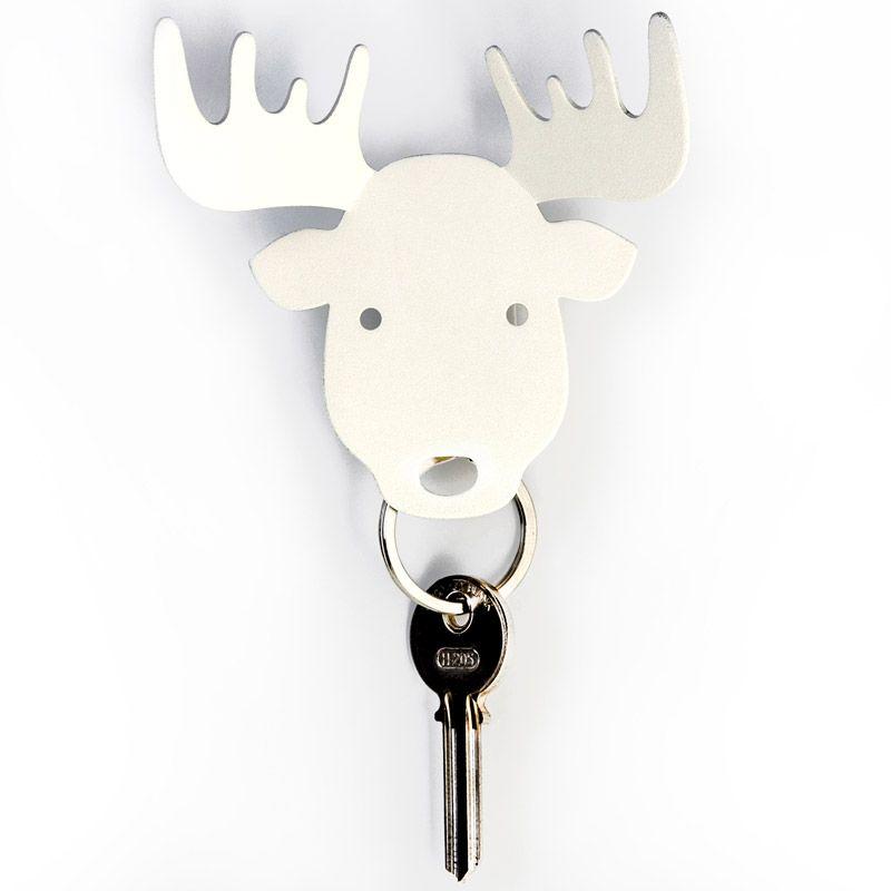Держатель для ключей и аксессуаров Moose белыйQL10154-WHСтильный металлический держатель «Лось» - это грозный защитник для ваших ключей и теперь они будут в целости и сохранности. А на рога Вы можете повесить кольца, браслеты, сумку или пакеты; «Лось» очень сильный и все выдержит))) Держатель надежно крепится к стене при помощи одного дюбеля и не упадет, даже если Вы повесите связку сразу из нескольких ключей. Материал: металл; цвет: Белый
