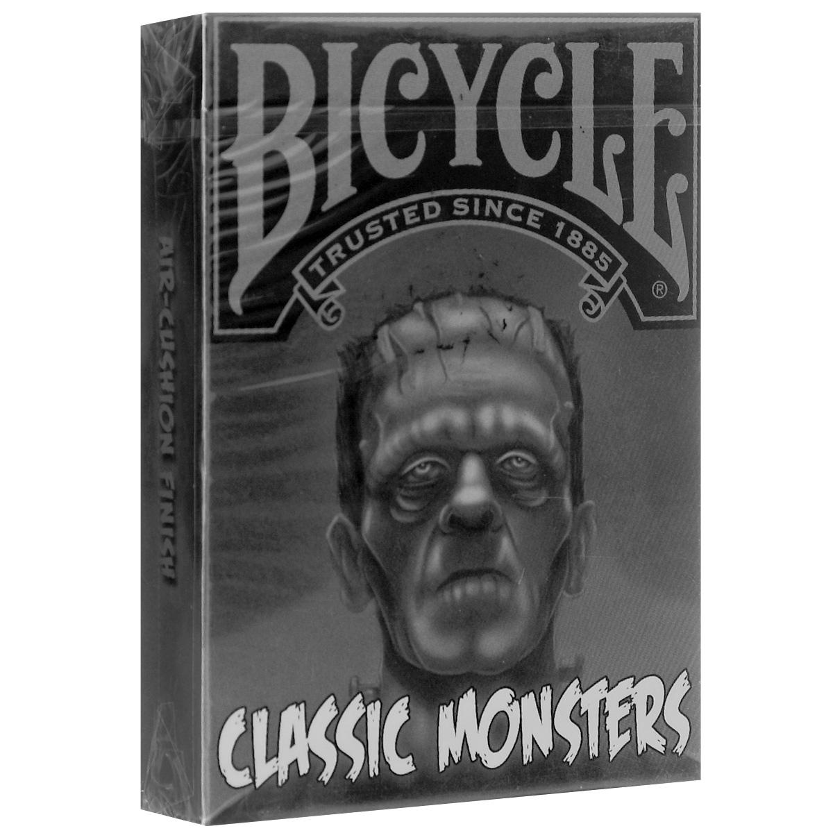 Коллекционная колода Bicycle Классические Монстры, цвет: серый, белыйК-416Эти карты выпущены ограниченным тиражом - в цвете. Каждая картинка - это страшный монстр. Они отпечатаны за заводе USPCС. Такая колода с необычным дизайном обязательно должна быть в коллекции самого изысканного коллекционера. Известные персонажи: Франкенштейн, его супруга, человек-невидимка, мумия, Кинг-Конг, Годзилла, Граф Дракула и многие другие.