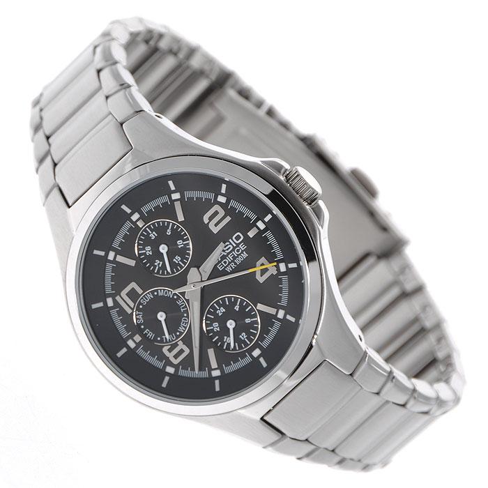Наручные часы Casio EF-316D-1AEF-316D-1Мужские наручные часы Casio EF-316D. Светящееся покрытие обеспечивает длительную подсветку в темное время суток после короткого воздействия света Прочное, устойчивое к царапинам минеральное стекло защищает часы от повреждений Резьбовое соединение на основании корпуса оптимально защищает внутренний механизм часов и одновременно обеспечивает легкий доступ, например, при замене аккумулятора Надежный, прочный и элегантный: браслет из нержавеющей стали придает Вашим часам классический вид У этих часов есть особая безопасная предохранительная защелка, которая помогает предотвратить случайное расстегивание ремешка Аккумулятор обеспечивает часы достаточным питанием приблизительно на два года Идеально подходит для плавания с маской и трубкой: часы являются водонепроницаемыми до 10 Бар/на глубине до 100 метров. Значение метров не относится к глубине погружения, но относится к атмосферному давлению, используемого в процессе испытания на...