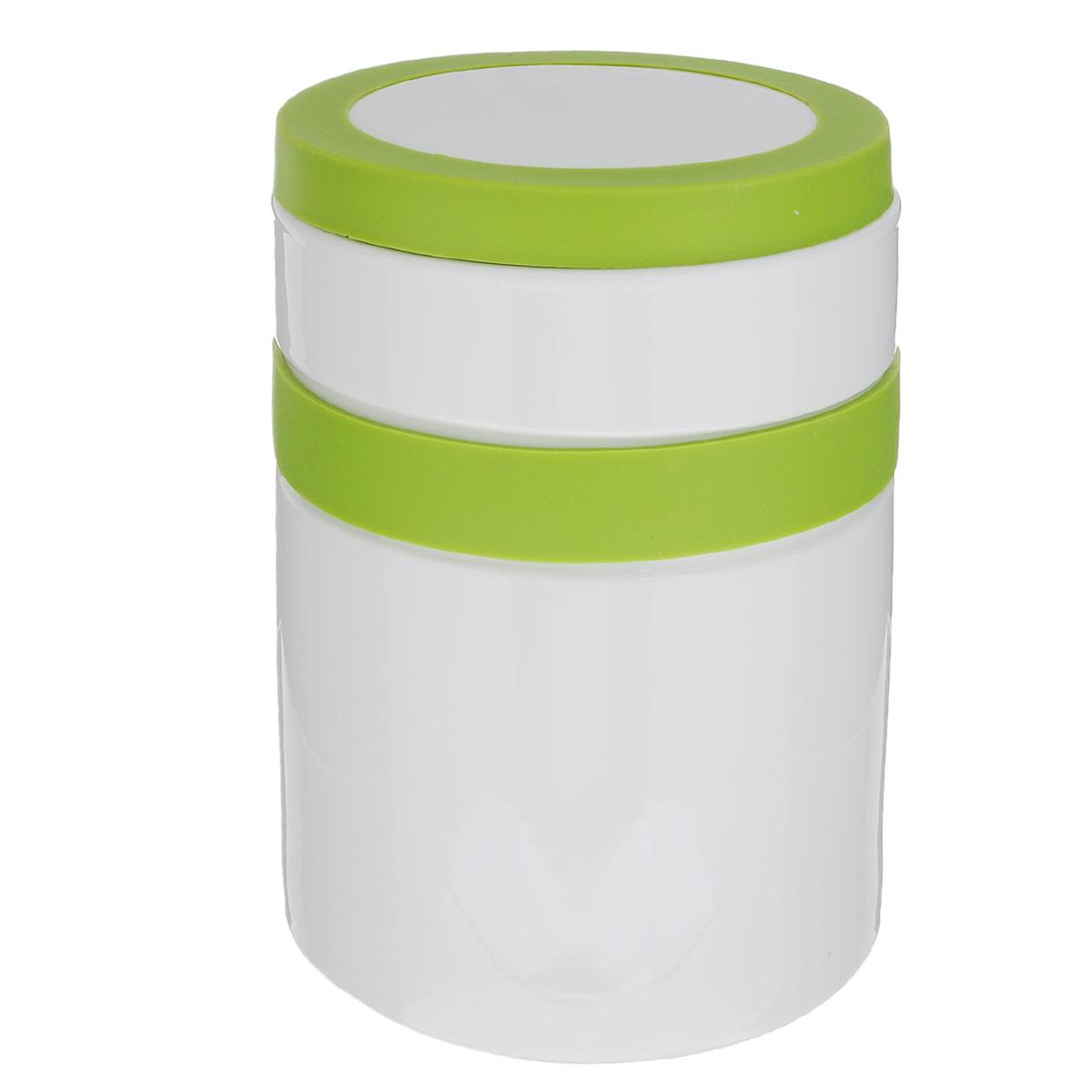 Банка для сыпучих продуктов House & Holder, цвет: салатовый, 0,825 л7D263Банка для сыпучих продуктов House & Holder изготовлена из прочной керамики и оснащена плотно закрывающейся крышкой с силиконовой вставкой. Благодаря этому, внутри сохраняется герметичность, и продукты дольше остаются свежими. Изделие предназначено для хранения различных сыпучих продуктов: круп, чая, сахара, орехов, специй и другого. Функциональная и вместительная, такая банка станет незаменимым аксессуаром на любой кухне.