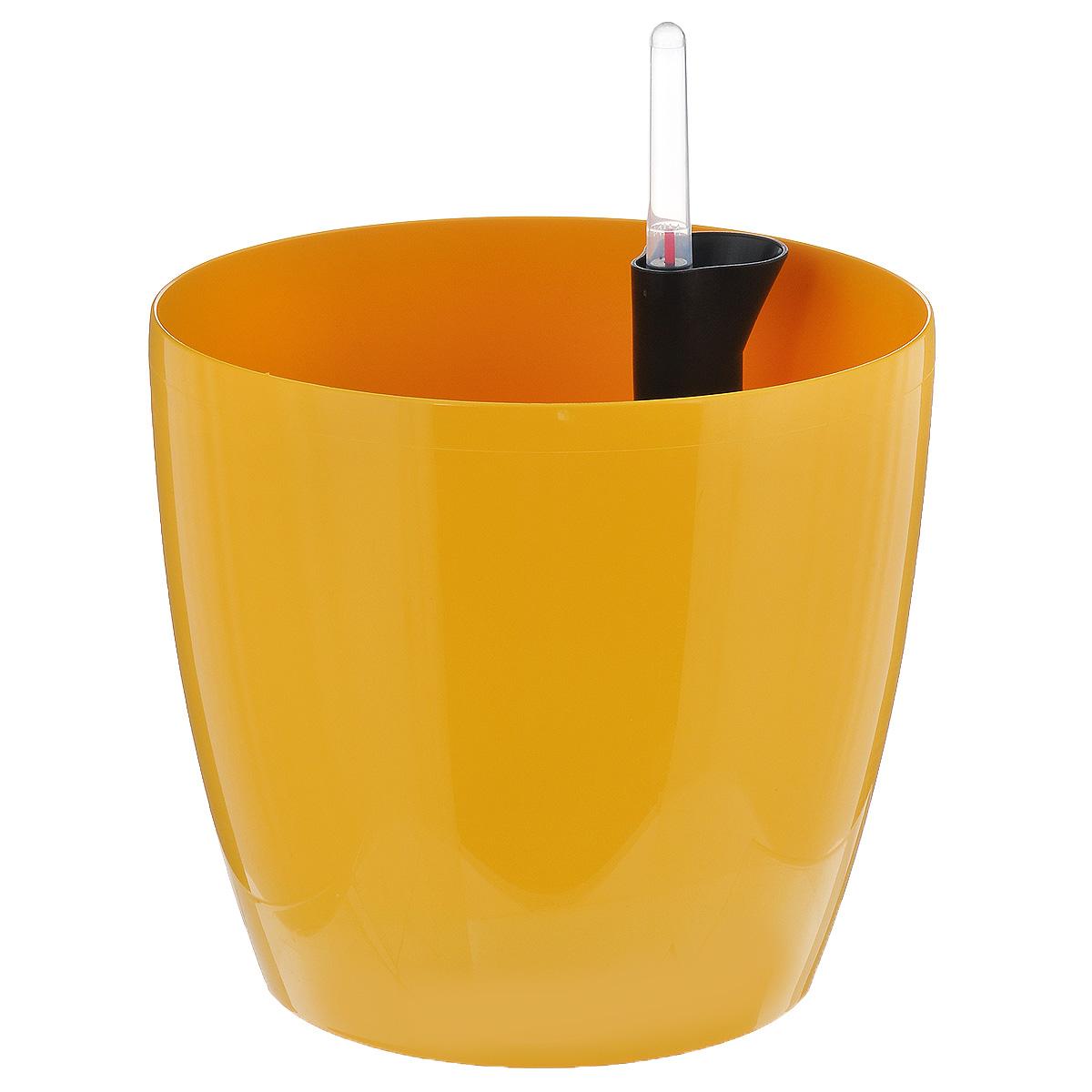Кашпо Prosperplast Coubi, с системой автополива, цвет: желтый, диаметр 19 смDUO190-B_желтыйКашпо Prosperplast Coubi, изготовленное из высококачественного пластика, идеальное решение для тех, кто регулярно забывает поливать комнатные растения. Кашпо имеет уникальную систему автополива, благодаря которой корневая система растения непрерывно снабжается влагой из резервуара. Уровень воды в резервуаре контролируется с помощью специального индикатора. В зависимости от размера кашпо и растения воды хватает на 2-12 недель. Стильный дизайн позволит украсить растениями офис, кафе или любую комнату, и при этом система автополива будет увлажнять почву без вашего вмешательства. Кашпо Prosperplast Coubi с системой автополива упростит уход за вашими цветами и поможет растениям получать то количество влаги, которое им необходимо в данный момент времени. Диаметр: 19 см. Высота стенки: 17,5 см.