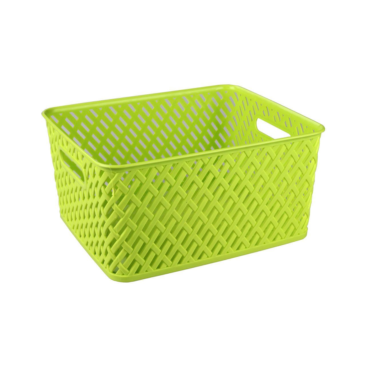 Корзина Альтернатива Плетенка, цвет: салатовый, 35 см х 29 см х 17,5 смМ3504Прямоугольная корзина Плетенка изготовлена из высококачественного пластика и декорирована перфорацией. Она предназначена для хранения различных мелочей дома или на даче. Благодаря сплошному дну позволяет хранить мелкие вещи, исключая возможность их потери. Имеются 2 ручки для удобной переноски. Корзина очень вместительная. Элегантный выдержанный дизайн позволяет органично вписаться в ваш интерьер и стать его элементом.