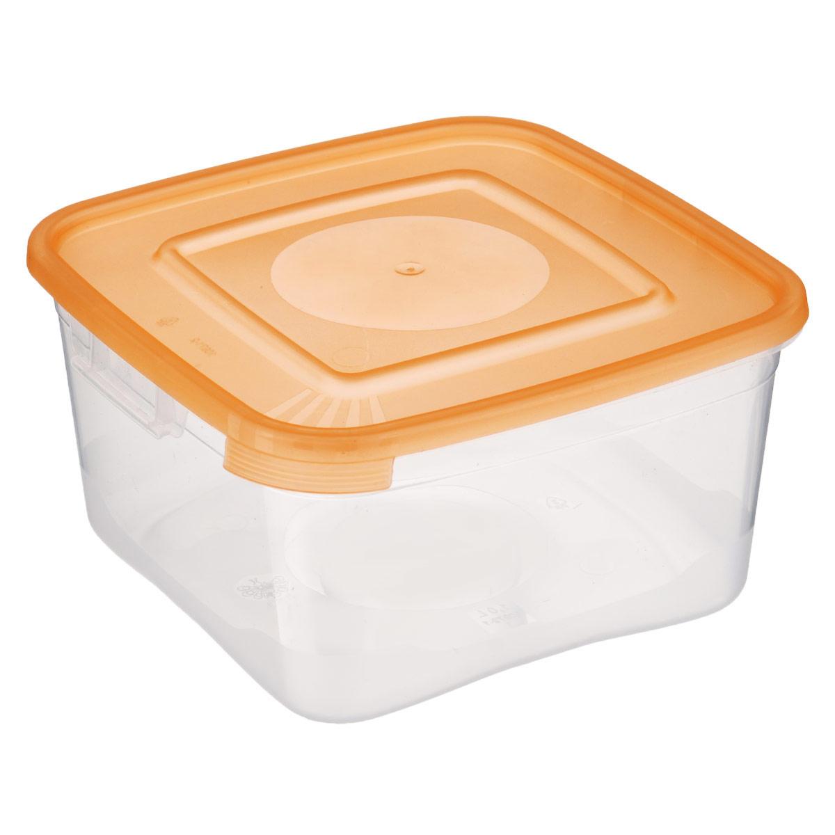 Контейнер Полимербыт Каскад, цвет: прозрачный, оранжевый, 1 лС670 оранжевыйКонтейнер Полимербыт Каскад квадратной формы, изготовленный из прочного пластика, предназначен специально для хранения пищевых продуктов. Крышка легко открывается и плотно закрывается. Контейнер устойчив к воздействию масел и жиров, легко моется. Прозрачные стенки позволяют видеть содержимое. Контейнер имеет возможность хранения продуктов глубокой заморозки, обладает высокой прочностью. Можно мыть в посудомоечной машине. Подходит для использования в микроволновых печах.