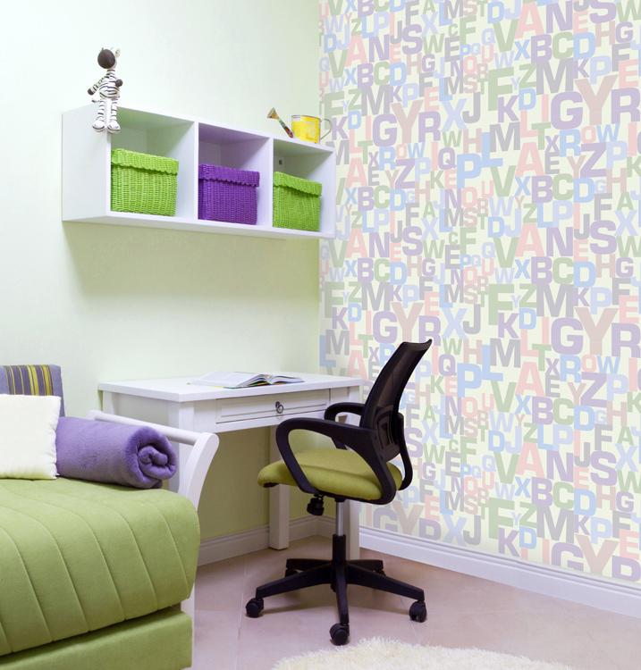 Дизайнерские обои КвикДекор Буквы, линии матовые, цвет: светло-зеленый, 3 листа, 2,68 м х 2,7 мWP-13-0062-1-03-LnM-3PДизайнерские обои КвикДекор Буквы - это бумажные обои на флизелиновой основе без ПВХ. Печать яркая насыщенная, произведена экологическими чистыми латексными чернилами (без запаха), не выцветает до 5 лет. Обои собираются из трех вертикальных полос. Рисунок не требует подгонки. Обои можно протирать влажной тряпкой. Такие обои позволят создать в детской комнате определенное настроение и даже несколько расширить оптический объем. Ваш ребенок получит массу удовольствий при созерцании яркого изображения. Размер обоев: 2,68 м х 2,7 м. Текстура обоев: матовые линии. Художники: Ольга Парфенова.