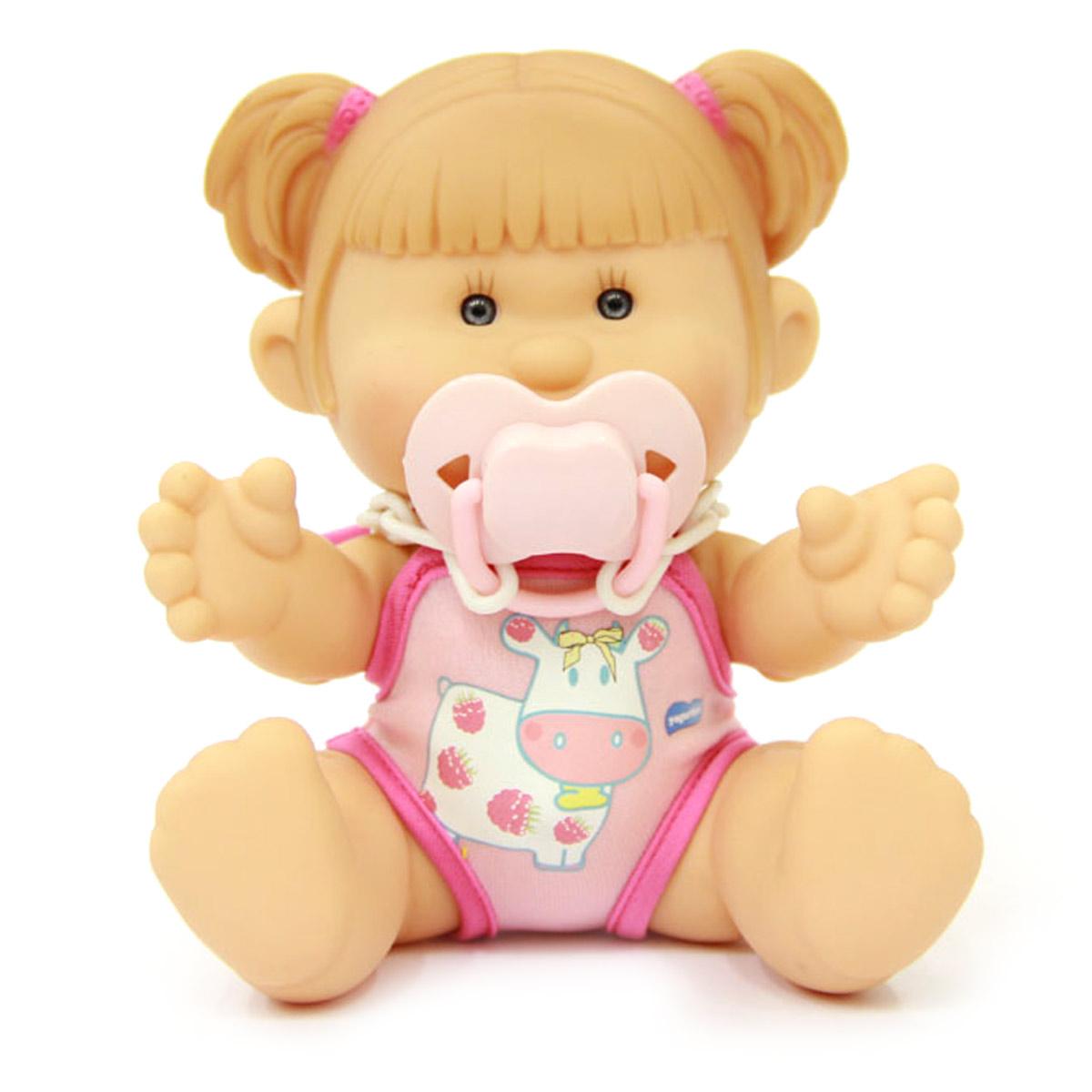 Yogurtinis Пупс Нина Малина15002-3Кукла-пупс Yogurtinis Нина Малина - порадует вашу малышку и доставит ей много удовольствия от часов, посвященных игре с ней. Пупс - симпатичная и ароматизированная игрушка, от которой исходит приятный и ненавязчивый аромат малины. На шее у Нины имеется соска на пластиковой цепочке, которую можно вставить в ротик пупсу. Кукла выполнена из резины, что позволяет брать ее с собой во время купания или же просто искупать отдельно. Части тела у пупсика подвижные, поэтому он может принимать разнообразные положения. Пупс упакован в пластиковую фирменную баночку. Каждая девочка сможет подобрать себе пупса Yogurtinis, ориентируясь на свои «фруктовые» предпочтения. Игра с куклой разовьет в вашей малышке чувство ответственности и заботы. Порадуйте свою принцессу таким великолепным подарком.