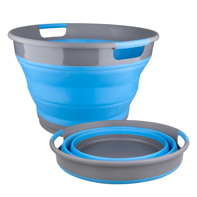 Корзина для белья Miolla, складная, цвет: серый, голубой, 9,5 л2507004UСкладная корзина для белья Miolla изготовлена из термопластичной резины и пластика. Благодаря гибкости и пластичности материала, корзина легко складывается и раскладывается. При этом пластиковые вставки отлично держат форму изделия. Корзина прекрасно подходит для хранения белья, различных бытовых вещей и других предметов. Для удобной переноски имеются ручки. Такая практичная и функциональная корзина пригодится в любом хозяйстве. Высота в сложенном виде: 6,8 см.