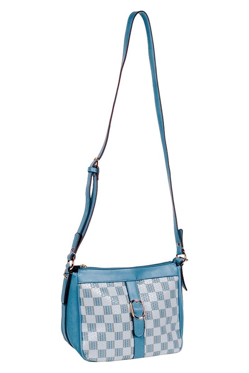 Сумка женская Renee Kler, цвет: голубой, белый, серый. RK182-16RK182-16Стильная женская сумка Renee Kler выполнена из высококачественной искусственной кожи и ПВХ с фактурным тиснением под плетение. Сумка украшена декоративным элементом в виде пряжки. Модель имеет одно основное отделение, закрывающееся на застежку-молнию. Внутри - три нашивных кармана для телефона, мелочей и письменных принадлежностей, и прорезной карман на застежке-молнии. Снаружи на задней стенке располагается дополнительный прорезной карман на молнии. Сумка оснащена плечевым ремнем, который регулируется по длине. Изделие упаковано в фирменный чехол на кулике. Такая сумка станет роскошным дополнением к вашему образу.