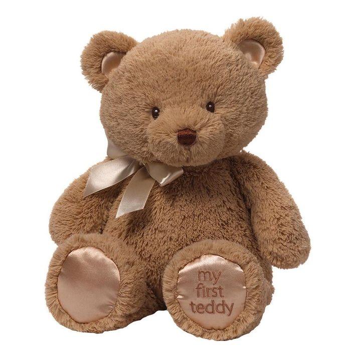 Gund Мягкая игрушка My First Teddy цвет коричневый 38 см4043978Милые, мягкие и безопасные, игрушки фирмы Gund отличаются реалистичным внешним видом, напоминающим настоящего питомца. Только посмотрите на эту милую мордашку, которая так приветливо смотрит на вас. Разве можно устоять перед её обаянием? Конечно нет, да и не нужно! Такая игрушка вызывает умиление не только у детей , но и у взрослых. Поэтому она станет отличным подарком не только ребёнку, но и друзьям!