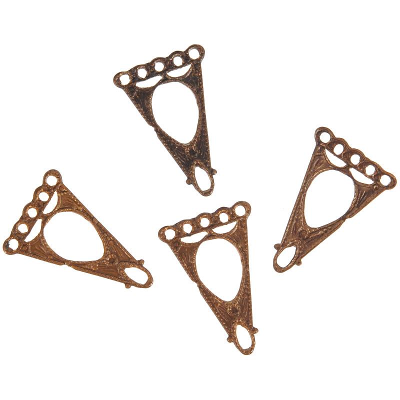 Коннектор для бижутерии Vintaj Капли, 10 мм х 16 мм, 4 штC6H10RRНабор Vintaj Капли изготовлен из металла и используется для создания бижутерии. Элементы в наборе украшены необычным узором и имеют оригинальный дизайн. Коннекторы - это декоративные соединительные элементы, являющиеся одним из видов фурнитуры для бижутерии при создании украшений своими руками. Они бывают разных размеров и стилей, а также имеют две и более петли (отверстия). Используют коннекторы как дополнительный элемент в украшение, который служит соединительным звеном при сборке браслетов, колье, бус. Посредством коннектора для бижутерии можно прикрепить различные бусины, камни или металлические детали, что с успехом используется при создании серег и кулонов и, таким образом, коннектор может стать основным элементом создаваемого вами украшения. Коннектор это важный и незаменимый элемент для создания бижутерии. Он преображает внешний вид изделия, делая его более выразительным, эффектным и стильным. Размер элемента: 10 мм х 16 мм.