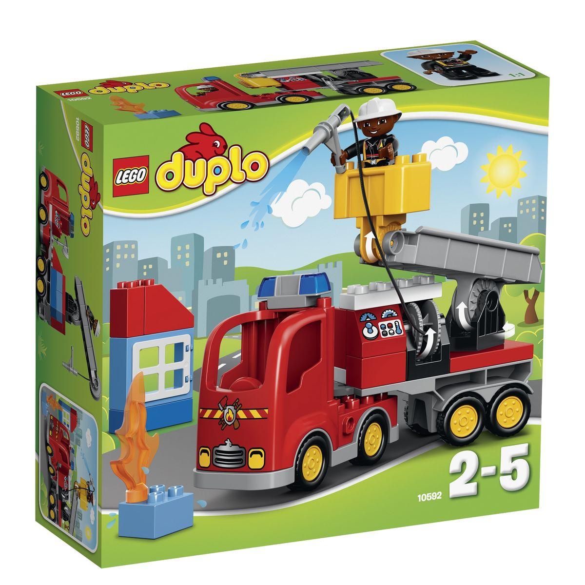 LEGO DUPLO Конструктор Пожарный грузовик 1059210592Пожарный грузовик из конструктора LEGO DUPLO готов приступить к работе! Его массивный корпус выполнен из ярко-красных деталей. Спереди видна кабина водителя, оборудованная радиаторной решеткой, противотуманными фарами и сигнальными огнями. За кабиной организована прямоугольная панель, имеющая несколько назначений. При желании здесь можно разместить систему пожаротушения со шлангом, приборной панелью и багажным отсеком для перевозки инвентаря. Но, если возгорание произошло в высотном здании, то пожарному придется воспользоваться дополнительным оборудованием. Для этого к багажной панели необходимо присоединить транспортировочную платформу, состоящую из прочного основания и подъемного крана с люлькой. Для удобства пожарного вся конструкция очень мобильна. Она может не только подниматься и опускаться, подстраиваясь под высоту здания, но и вращаться вокруг своей оси. Игра с конструктором развивает мелкую моторику ребенка, фантазию и воображение, учит его...