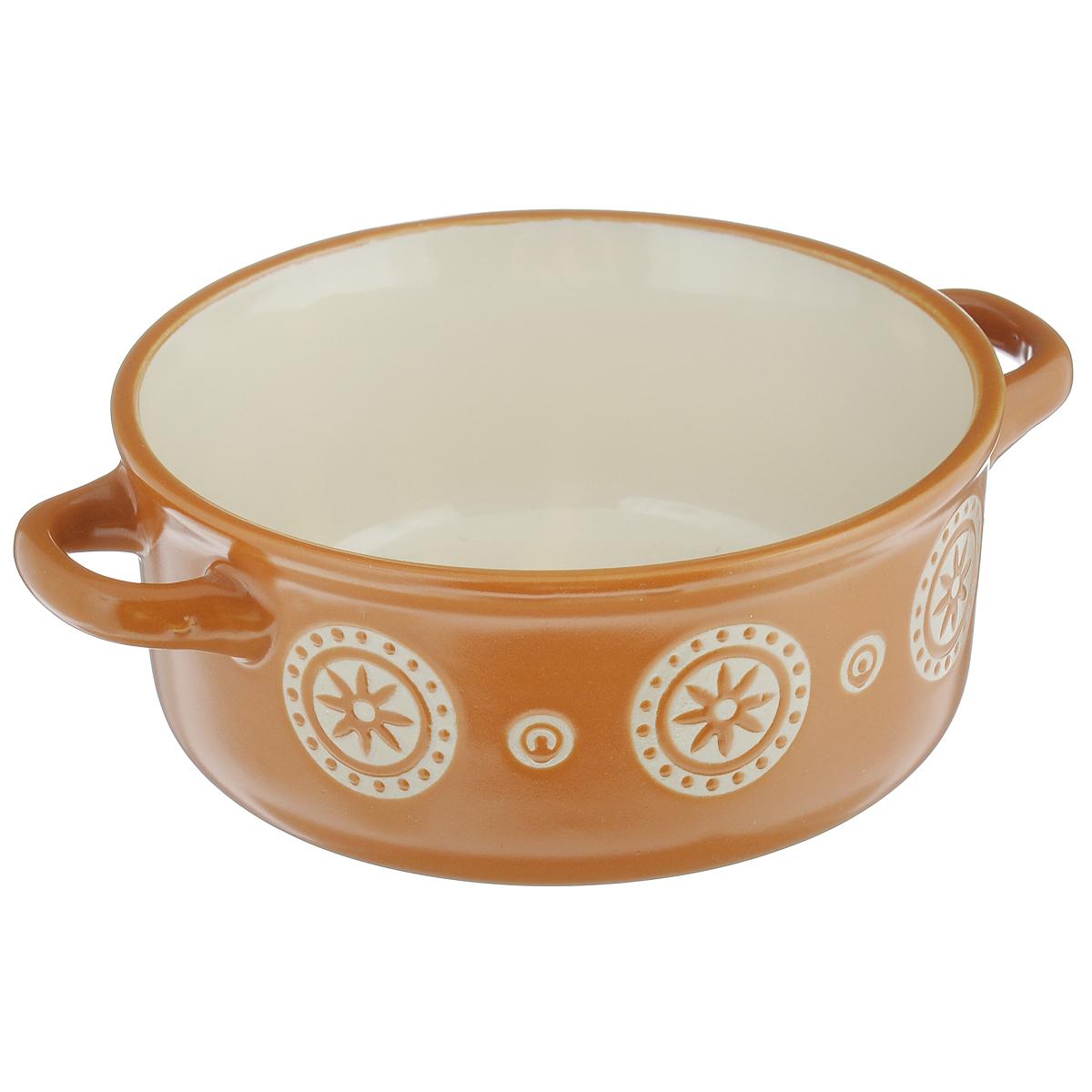 Салатник Wing Star, с ручками, цвет: коричневый, 420 млLJ3426-1305Салатник с ручками Wing Star покорит вас своей красотой и качеством исполнения. Изделие выполнено из высококачественной керамики. Такой салатник прекрасно подходит для холодных и горячих блюд: каш, хлопьев, супов, салатов. Он дополнит коллекцию вашей кухонной посуды и будет служить долгие годы. Можно использовать в посудомоечной машине и СВЧ. Объем салатника: 420 мл. Диаметр салатника (по верхнему краю): 13,5 см. Ширина салатника (с учетом ручек): 17,5 см. Высота стенки салатника: 6,5 см.