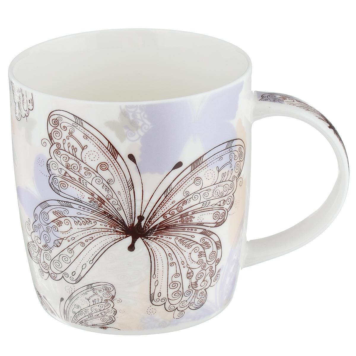 Кружка Бабочки, цвет: белый, сиреневый, 355 млLQB35-X404Кружка Бабочки изготовлена из высококачественного фарфора, покрытого слоем сверкающей глазури. Внешние стенки изделия оформлены красочным изображением бабочек. Такая кружка прекрасно подойдет для горячих и холодных напитков. Она дополнит коллекцию вашей кухонной посуды и будет служить долгие годы. Можно использовать в посудомоечной машине и СВЧ. Объем кружки: 355 мл. Диаметр кружки (по верхнему краю): 8,5 см. Высота стенки кружки: 9,5 см.