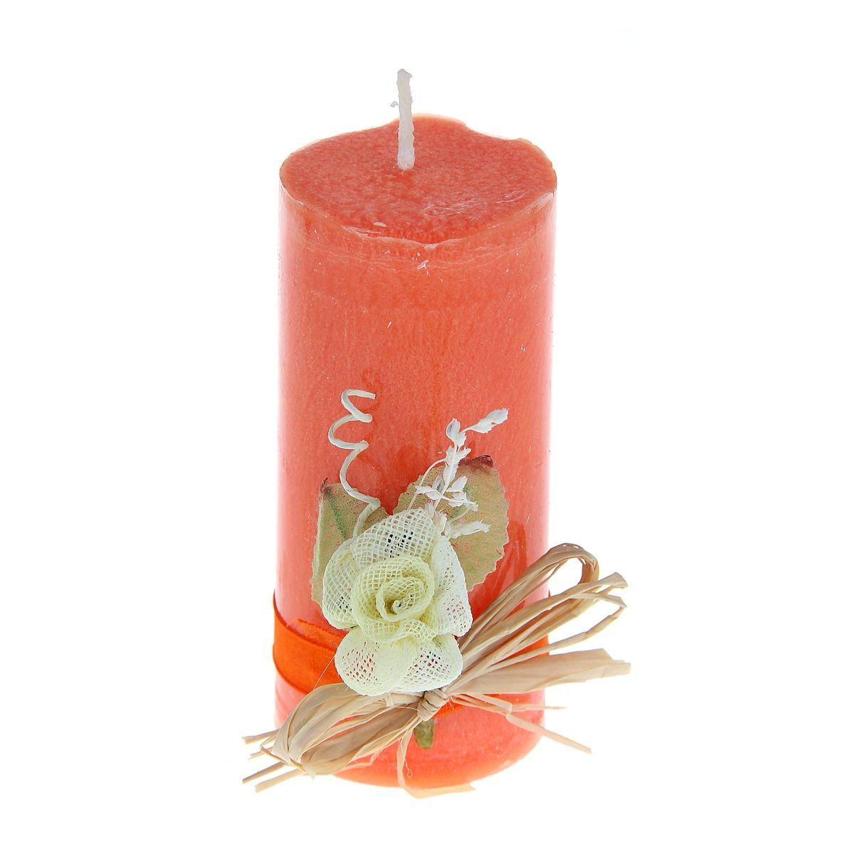 Свеча декоративная Sima-land Цветок, цвет: оранжевый, высота 10,5 см1030859Декоративная свеча Sima-land Цветок изготовлена из воска и оформлена декоративной цветочной композицией. Такая свеча может стать отличным подарком или дополнить интерьер вашей комнаты.