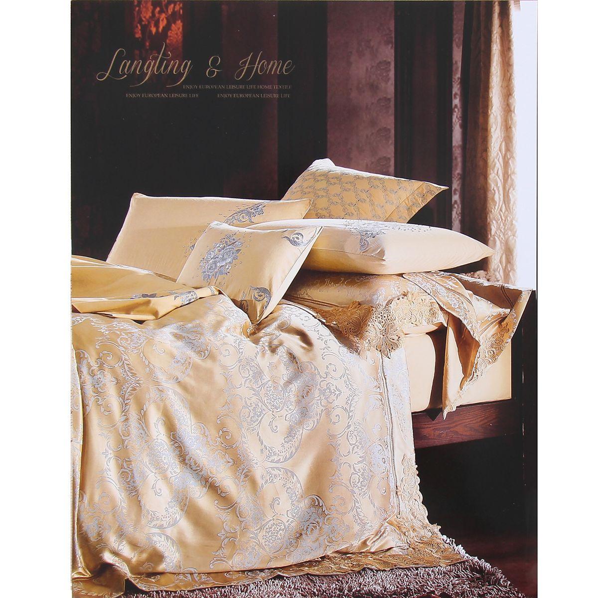 Комплект белья Этель Ренссанс, евро, наволочки 50x70, цвет: светло-коричневый, золотистый103572Комплект постельного белья Этель Ренссанс состоит из пододеяльника на молнии, простыни и двух наволочек. Удивительной красоты вышивка, нанесенная на белье, сочетает в себе нежность и теплоту. Постельное белье Этель Ренссанс создано для романтичных натур, которые любят изысканный дизайн. Белье изготовлено из 100% хлопка и тканного жаккарда отвечающего всем необходимым нормативным стандартам. Жаккард - это ткань фактурного плетения, в которой нити очень плотно переплетены и образуют узорчатый рельеф. Это очень практичный материал, неприхотливый в уходе, более долговечный, по сравнению с другими тканями, полученными одним из простых способов плетения. Приобретая комплект постельного белья Этель Ренссанс, вы можете быть уверенны в том, что покупка доставит вам и вашим близким удовольствие и подарит максимальный комфорт.