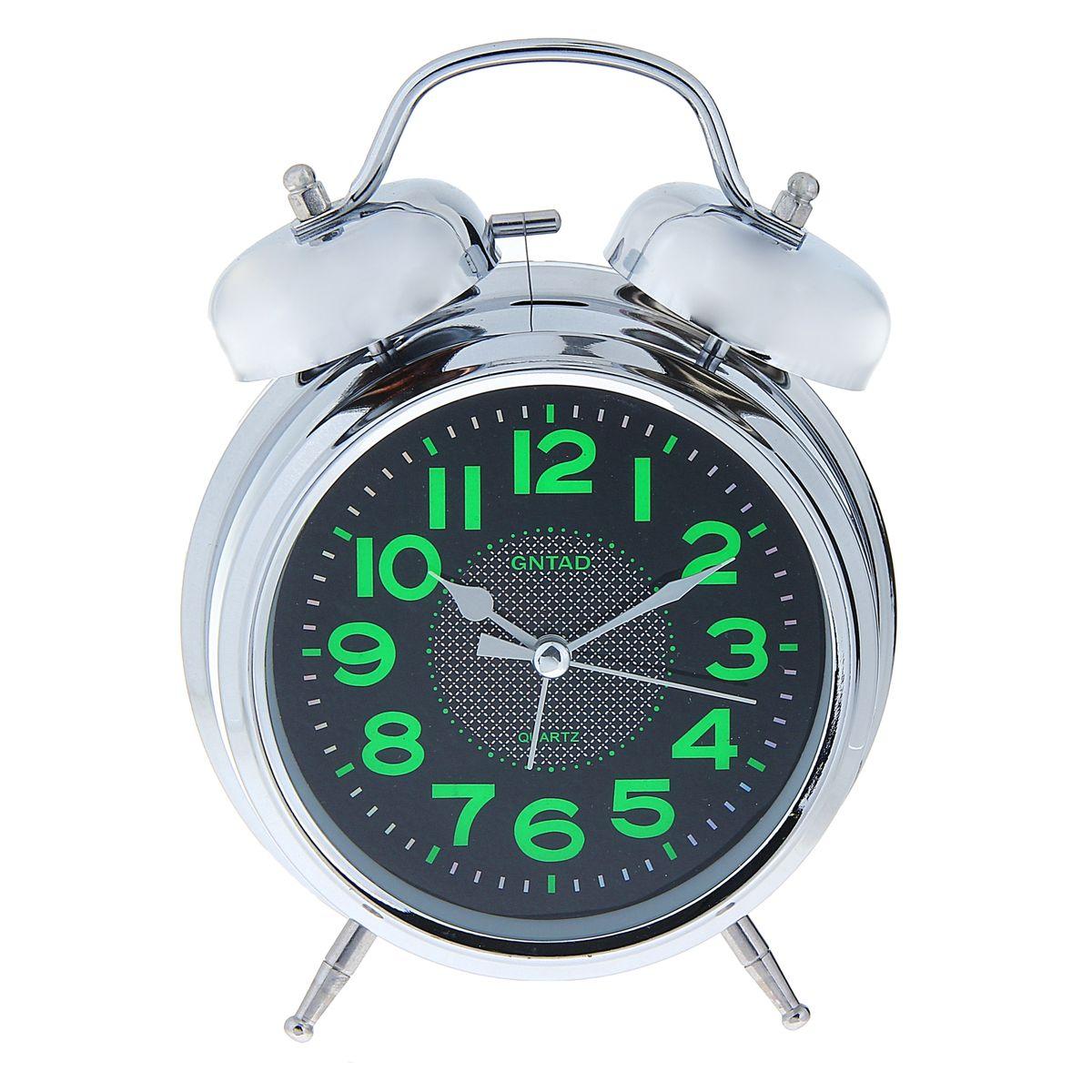 Часы-будильник Sima-land Цифры. 10564321056432Как же сложно иногда вставать вовремя! Всегда так хочется поспать еще хотя бы 5 минут и бывает, что мы просыпаем. Теперь этого не случится! Яркий, оригинальный будильник Sima-land Цифры поможет вам всегда вставать в нужное время и успевать везде и всюду. Корпус будильника выполнен из металла. Циферблат имеет индикацию отметок с арабскими цифрами. Часы снабжены 4 стрелками (секундная, минутная, часовая и для будильника). На задней панели будильника расположен переключатель включения/выключения механизма, а также два колесика для настройки текущего времени и времени звонка будильника. Также будильник оснащен кнопкой, при нажатии которой подсвечивается циферблат. Пользоваться будильником очень легко: нужно всего лишь поставить батарейки, настроить точное время и установить время звонка. Необходимо докупить 2 батарейки типа АА (не входят в комплект).