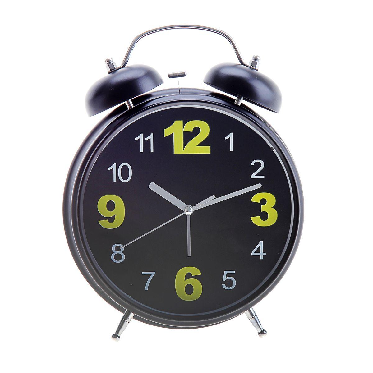 Часы-будильник Sima-land, цвет: черный. 669611669611Как же сложно иногда вставать вовремя! Всегда так хочется поспать еще хотя бы 5 минут и бывает, что мы просыпаем. Теперь этого не случится! Яркий, оригинальный будильник Sima-land поможет вам всегда вставать в нужное время и успевать везде и всюду. Корпус будильника выполнен из металла. Циферблат имеет индикацию арабскими цифрами. Часы снабжены 4 стрелками (секундная, минутная, часовая и для будильника). На задней панели будильника расположен переключатель включения/выключения механизма, а также два колесика для настройки текущего времени и времени звонка будильника. Также будильник оснащен кнопкой, при нажатии которой подсвечивается циферблат. Пользоваться будильником очень легко: нужно всего лишь поставить батарейки, настроить точное время и установить время звонка. Необходимо докупить 3 батарейки типа АА (не входят в комплект).