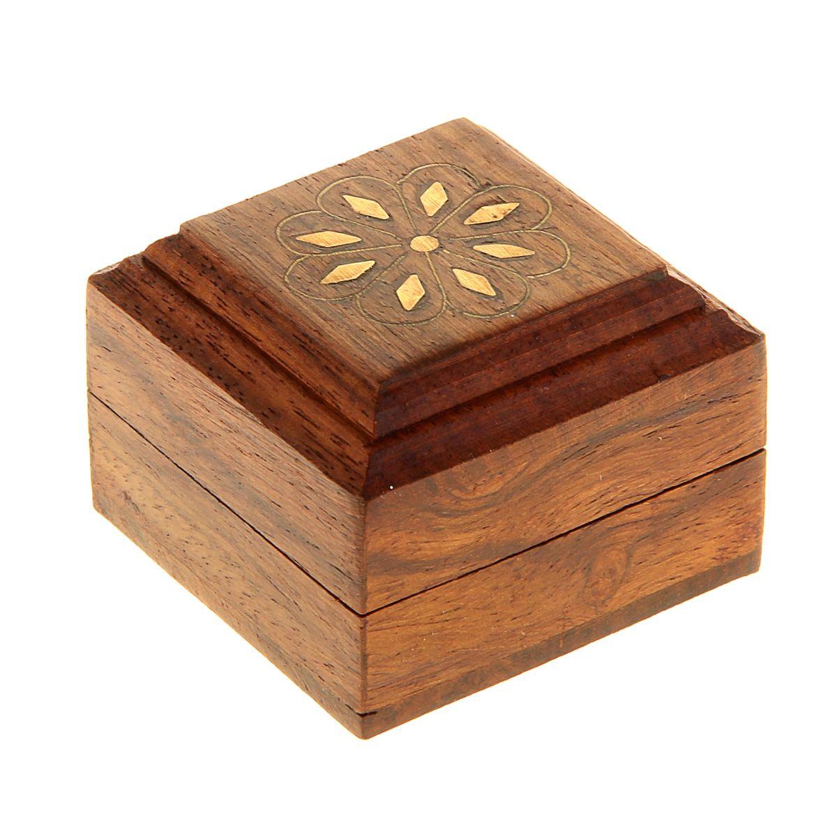 Шкатулка деревянная Ромашка, 5 см х 5 см х 3,5 см. 806428806428Дерево